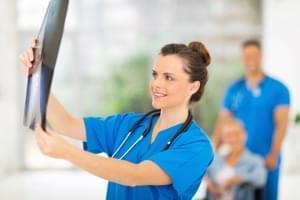 Radiografía. Una proyección de pierna (tibia y peroné)