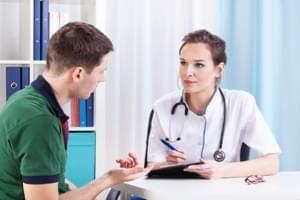 Consulta de Alergología + espirometría +  pruebas cutáneas (prick test)