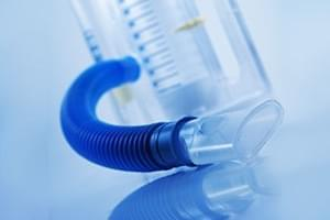Consulta de Neumología + espirometría